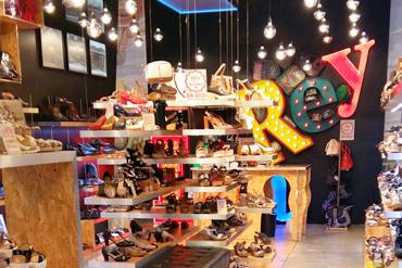Tienda de Zapato Lola Rey Centro Comercial Gran Plaza 2