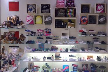 Tienda de Zapato Lola Centro Comercial Xanadú