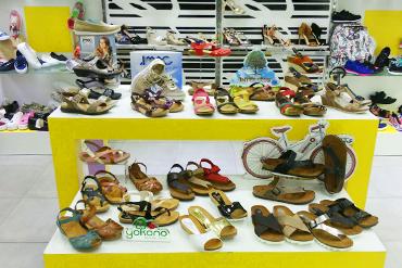 Tienda de Zapato Lola Rey Centro Comercial Vialia